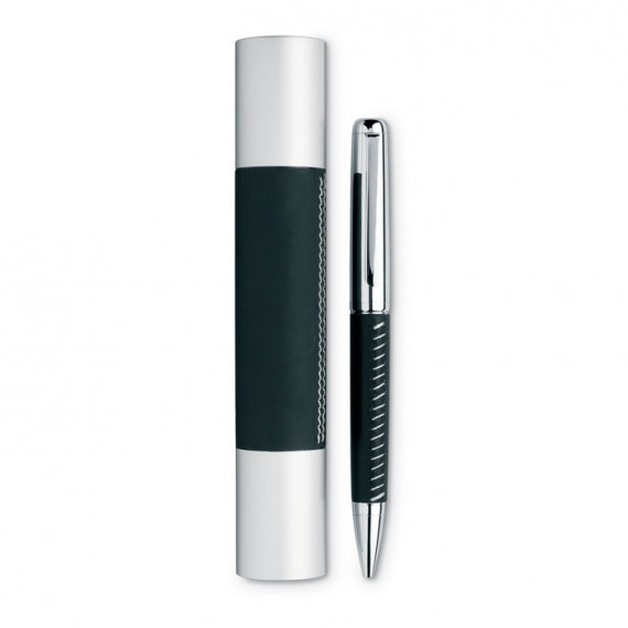 Μεταλλικό στυλό με ασημένιο τελείωμα.