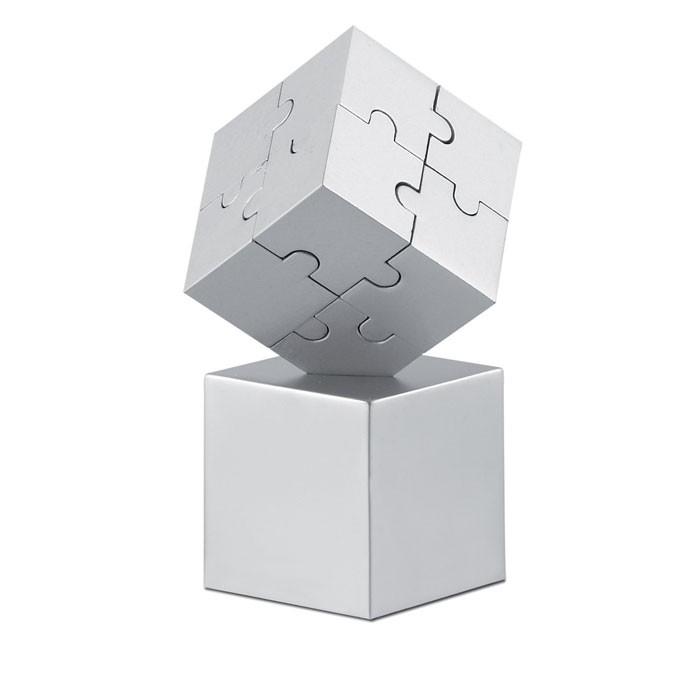 Μεταλλικό 3D puzzle.
