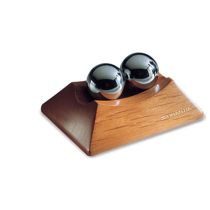 Σετ Anti-stress μπαλάκια σε ξύλινη βάση.