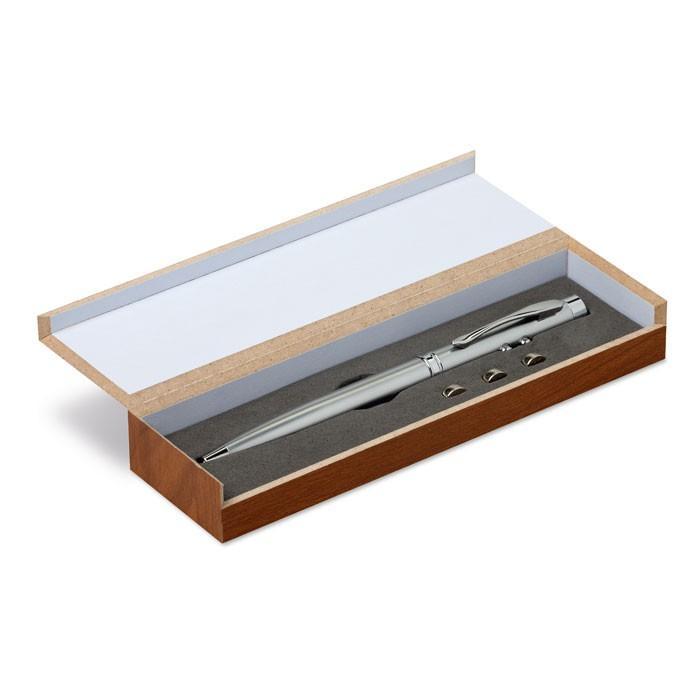 Δείκτης λέιζερ σε ξύλινο κουτί.